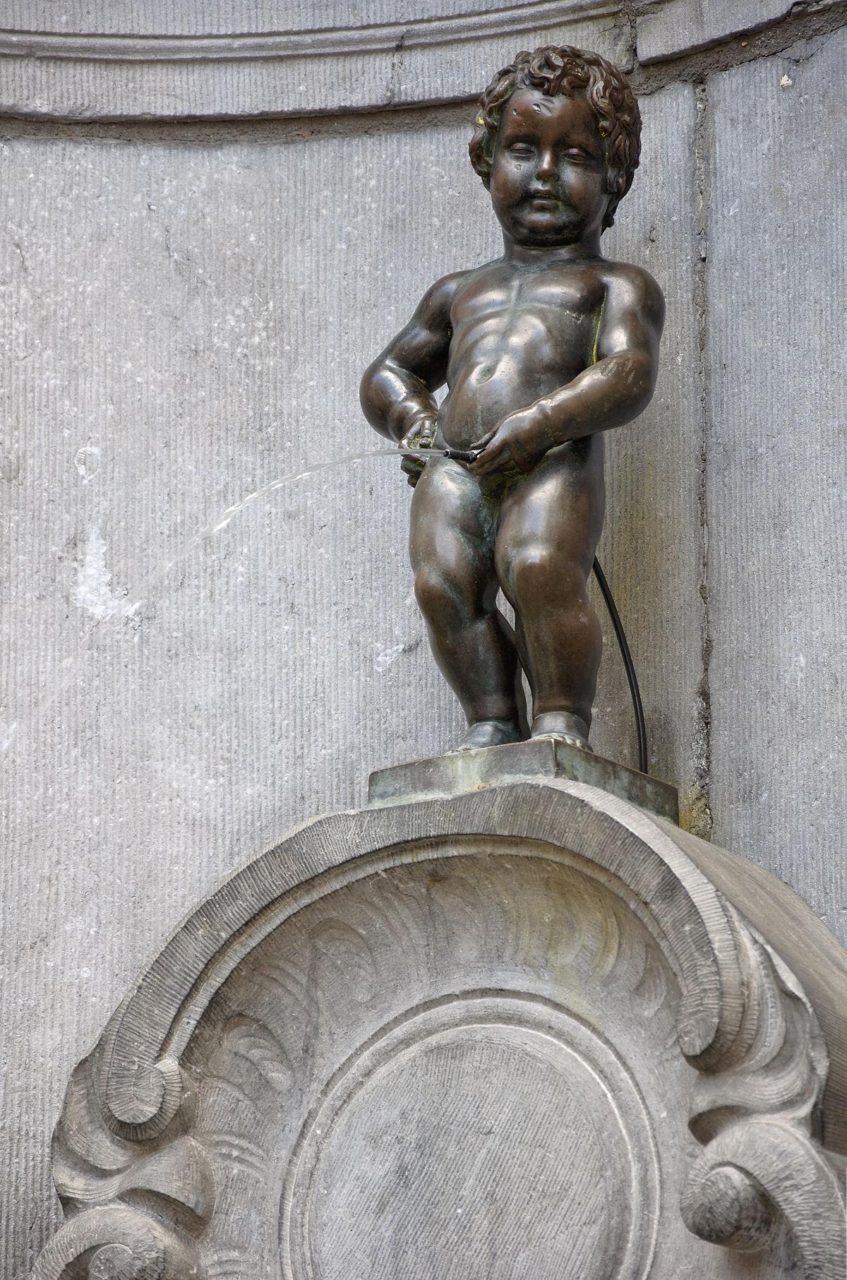 Manneken-Pis — Wikipédia intérieur Statues De Jardin Occasion
