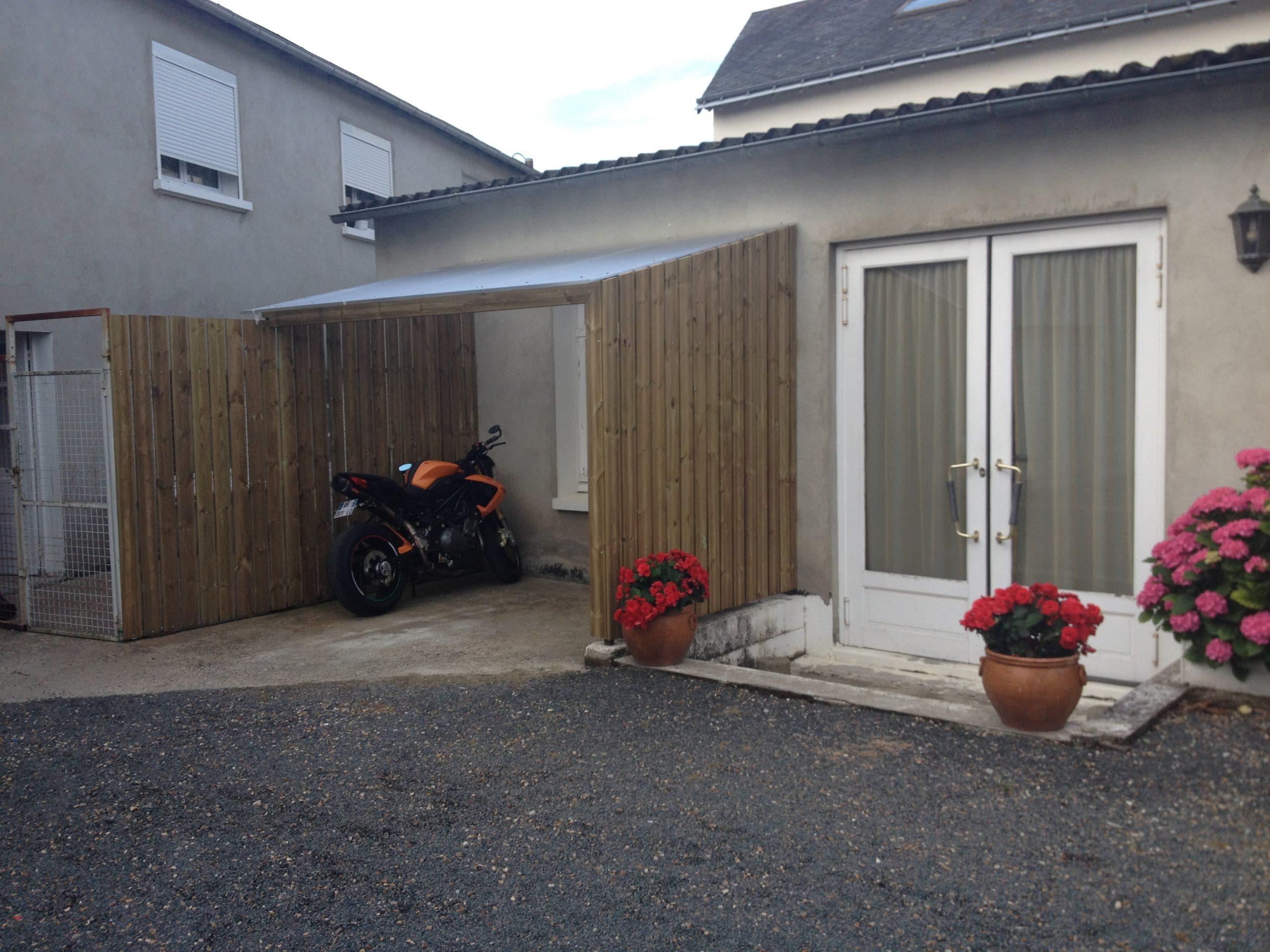 Nouveau! Un Abri Vélo / Moto | Clair Cottage serapportantà Abri Moto Jardin