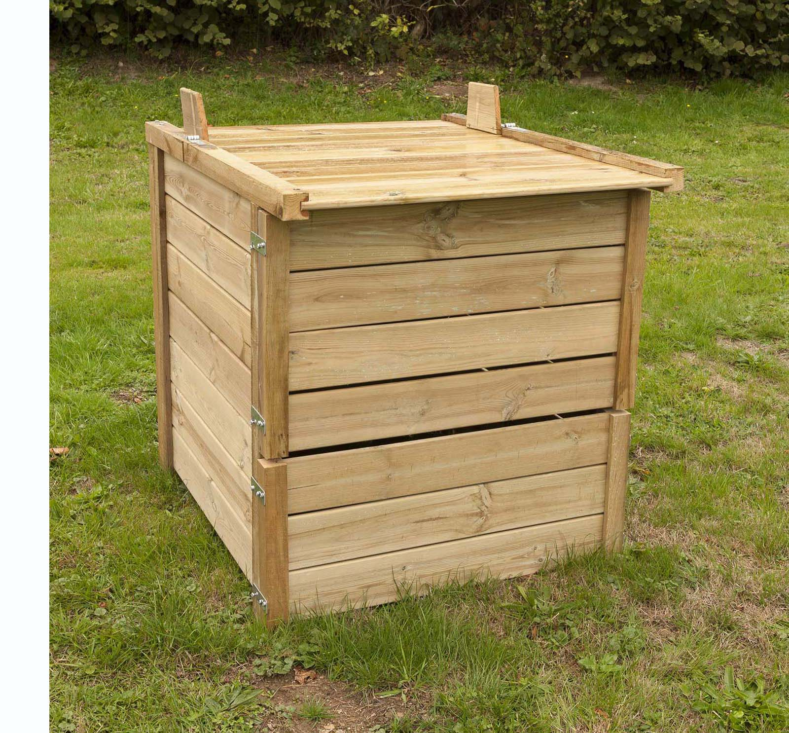 Petit Composteur : De Grands Avantages ! - Jardindeco encequiconcerne Composteur De Jardin