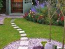 Petit Jardin : 8 Aménagements Repérés Sur Pinterest | Petits ... à Salon De Jardin En Pierre