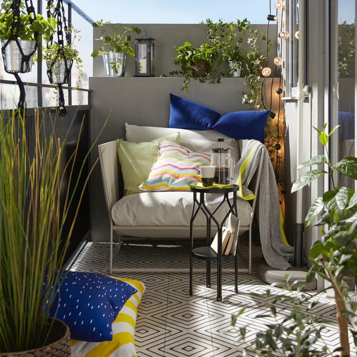 Petit Salon De Jardin Pour Balcon Luxe Idées Pour L ... avec Banc De Jardin Ikea