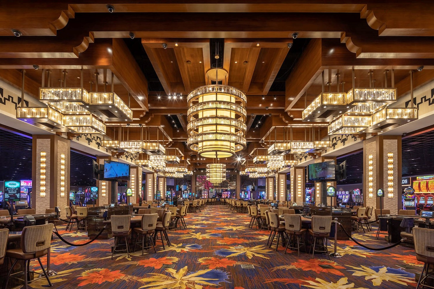 Playing Around: Here's What's New In Las Vegas And At Socal ... dedans Salon De Jardin Casino