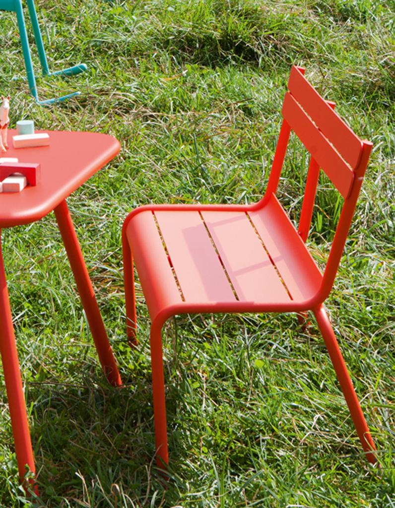 Pour Quel Salon De Jardin Pour Enfant Craquerez-Vous ... avec Transat Jardin Ikea