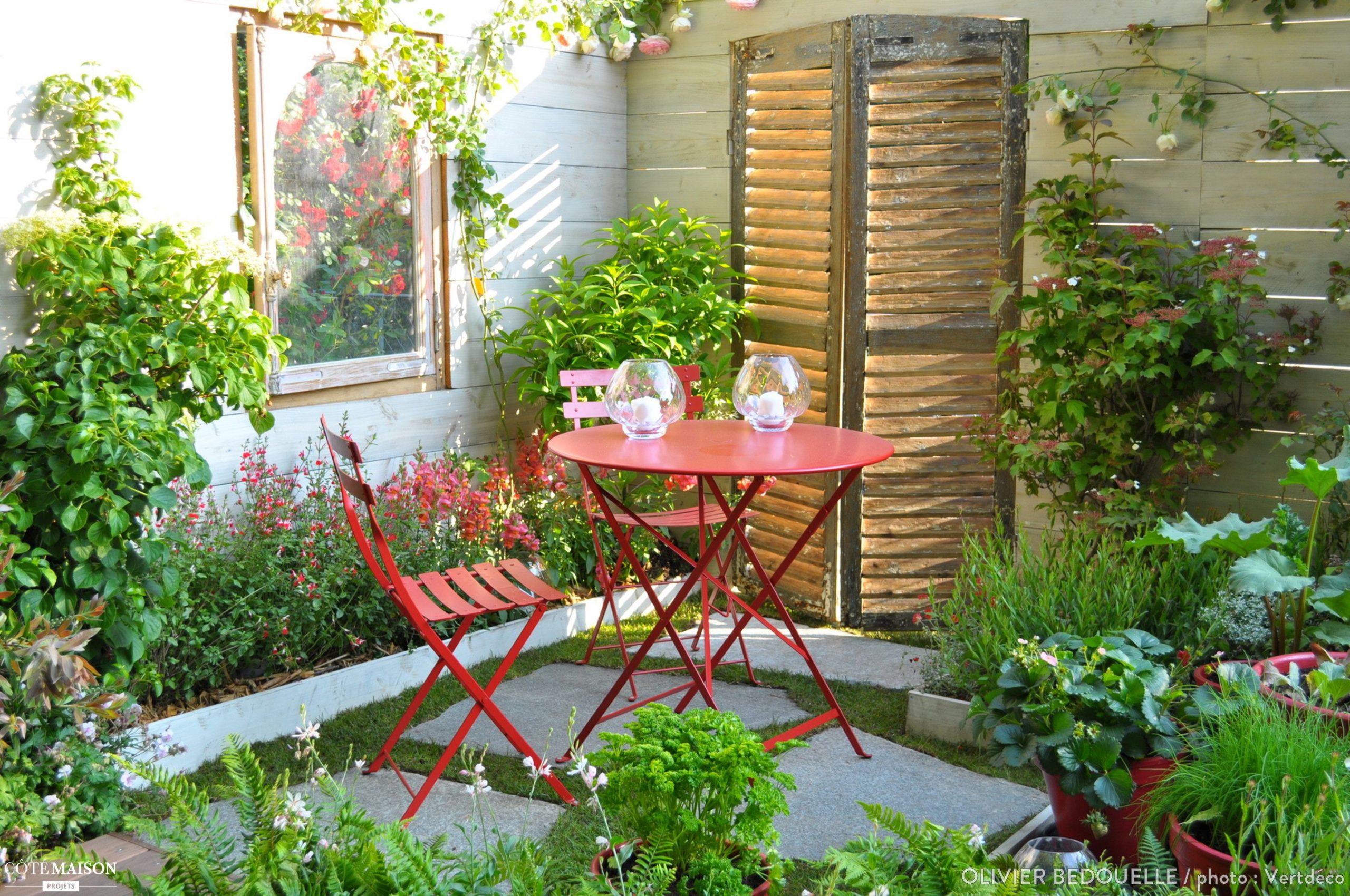 Projet : Aménagement D'un Petit Jardin À L'occasion Du Salon ... à Salon De Jardin D Occasion