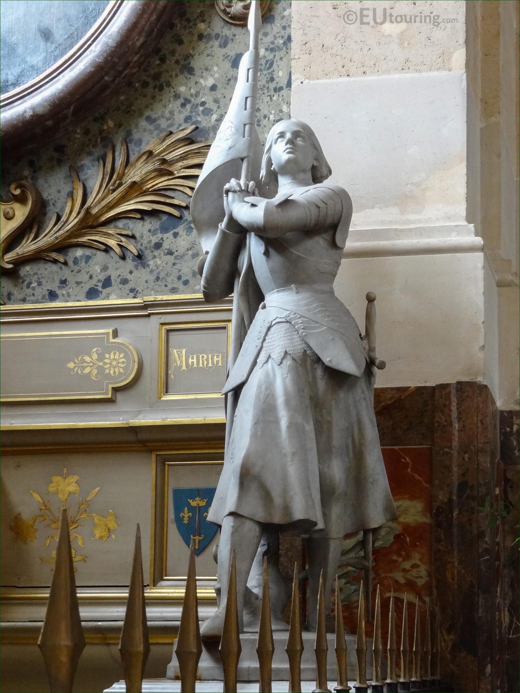Sainte Jeanne D'arc Statue Inside Eglise Saint-Roch - Page 1101 dedans Statues De Jardin Occasion