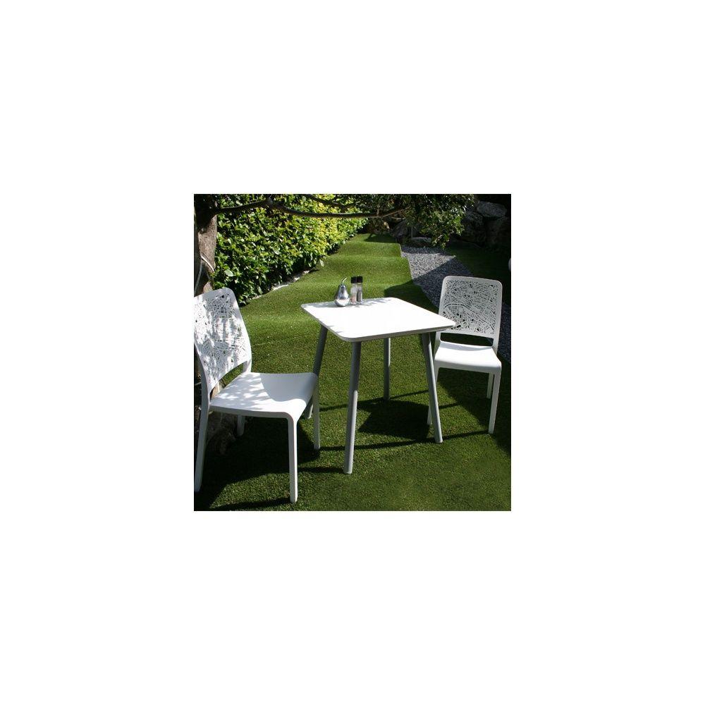 Salon De Jardin 2 Personnes : Guéridon Julien 70 X 70 Cm Et 2 Chaises  Charlotte City - Blanc intérieur Salon De Jardin 2 Personnes