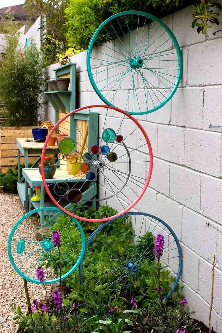 Vélo Déco Jardin En 20 Idées À Copier De Toute Urgence ... intérieur Velo Deco Jardin