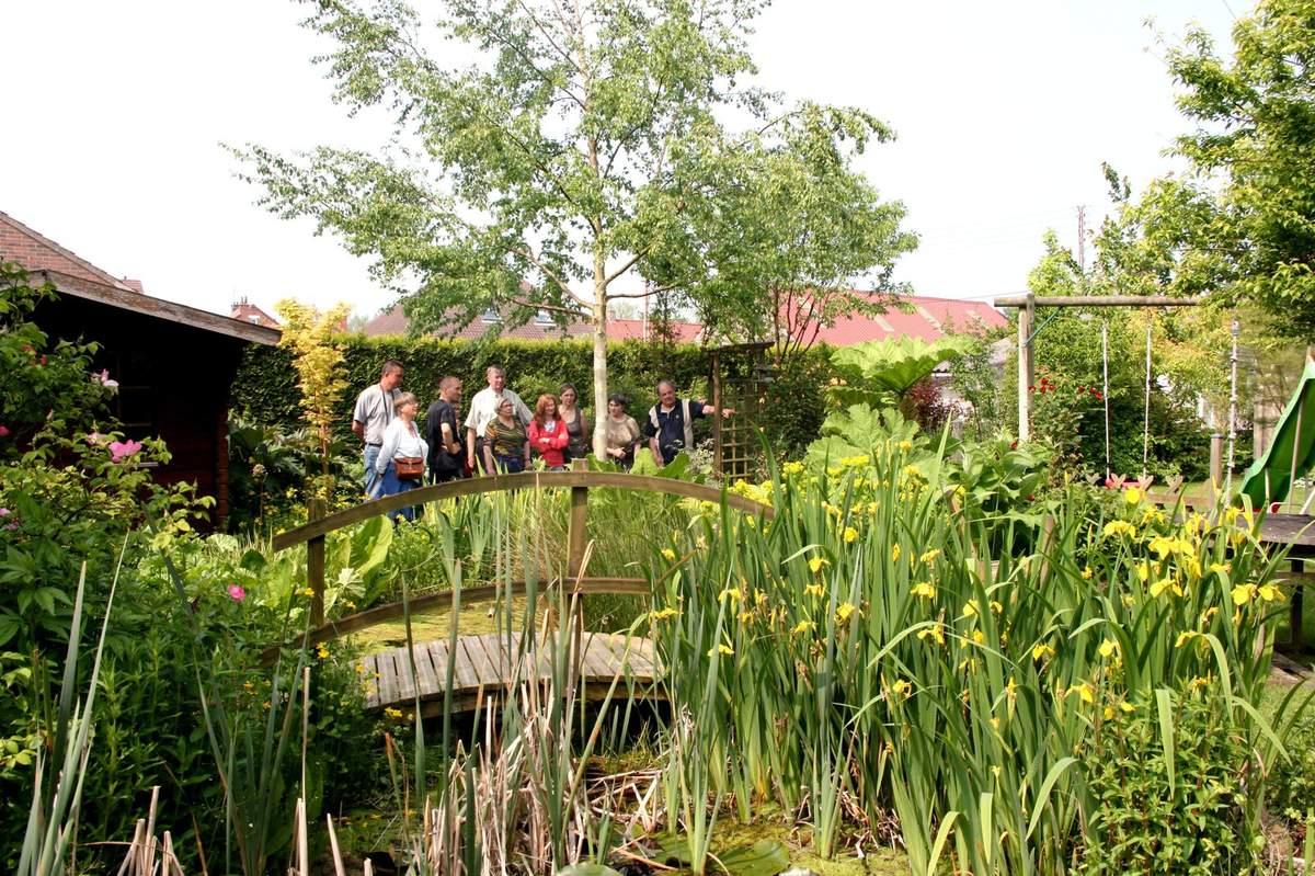 """Visite Du Jardin """"a Fleur D'écorces"""" - Le Blog De Pjh serapportantà Ecorces Jardin"""