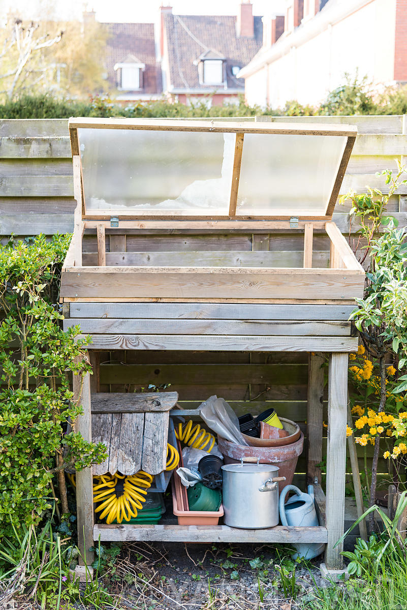 Yann Avril Photography | Garden And Nature Chassis Dans Un ... pour Chassis Jardin