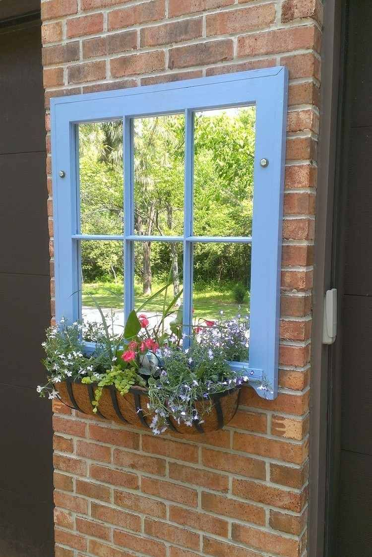 55 Ideen Für Gartendeko Aus Alten Fenstern Und Türen ... avec Idee Deco Exterieur