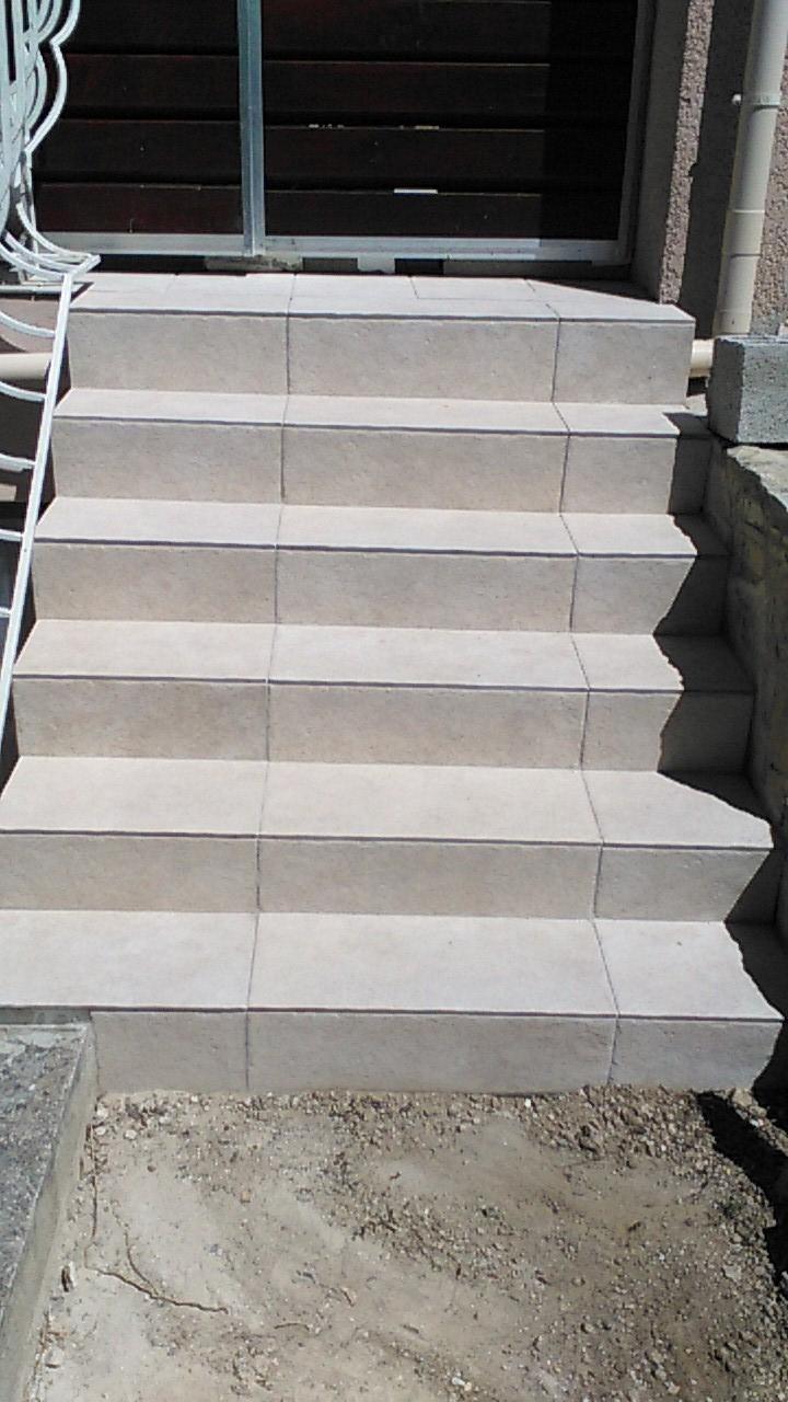 Artisan, Entretien Jardin, Entretien Exterieur, Gard 30. encequiconcerne Carrelage Escalier Extérieur