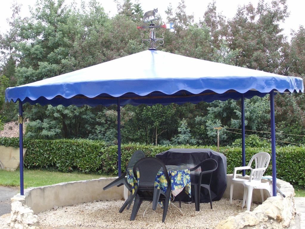 Bache Creation Bache Tonnelle Ronde Sur Mesure Pour Toile De Tonnelle Ronde 360 Idees Conception Jardin
