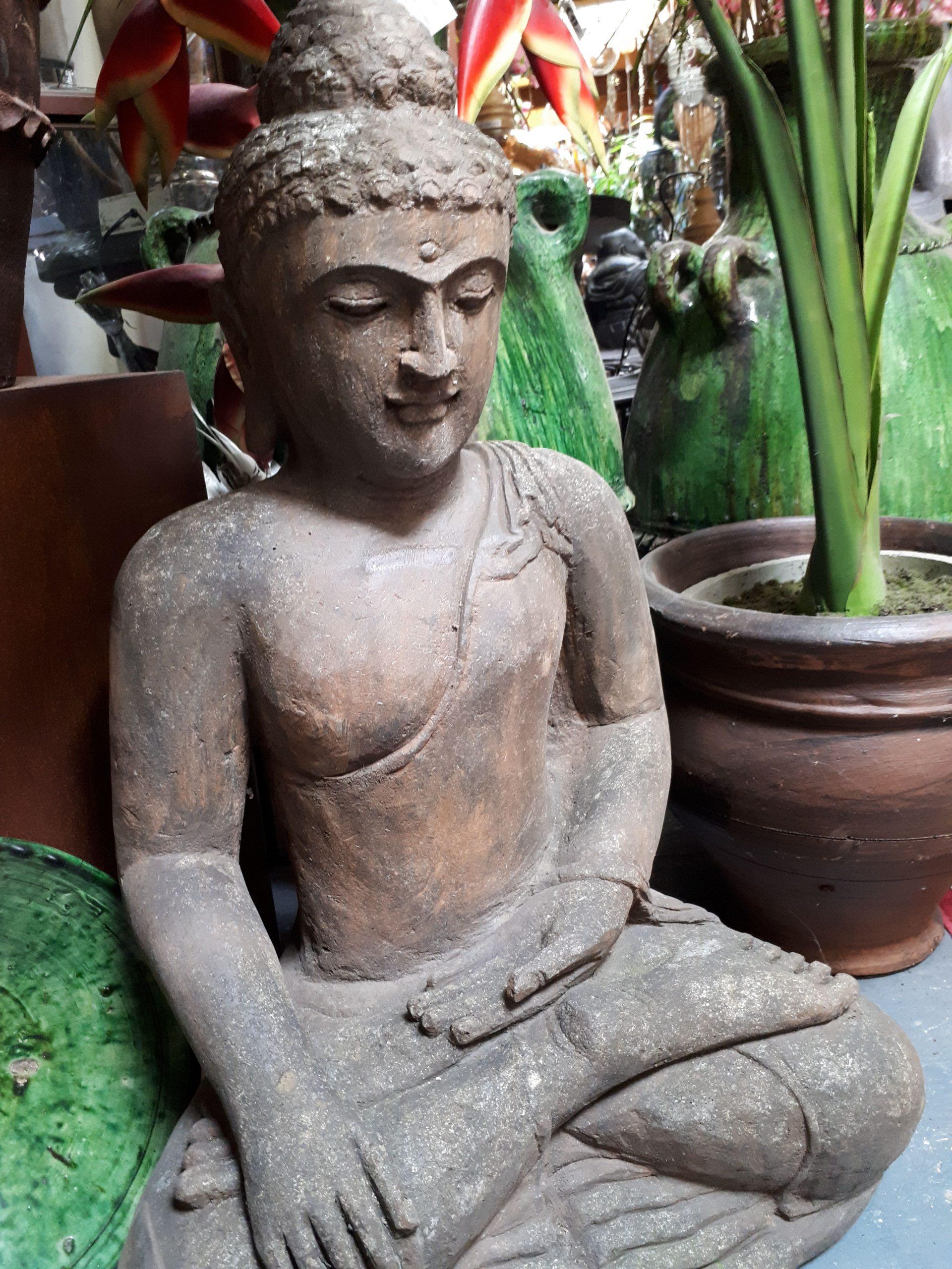 Basanit Lava Buddha Sitzend 180 Kg 1M € 590.- | Buddha ... dedans Statue Moaï 1M