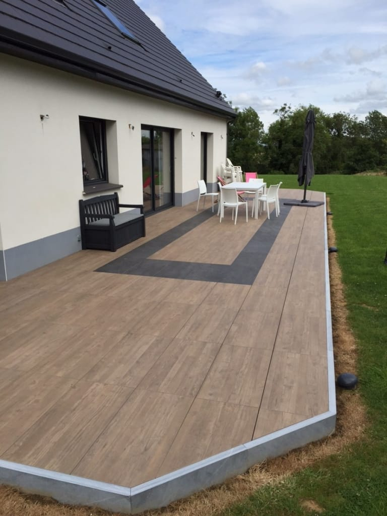 Carrelage Sur Plots | Fabrication Et Pose Dans Le Nord Pas ... intérieur Dalle Terrasse Imitation Bois Sur Plot