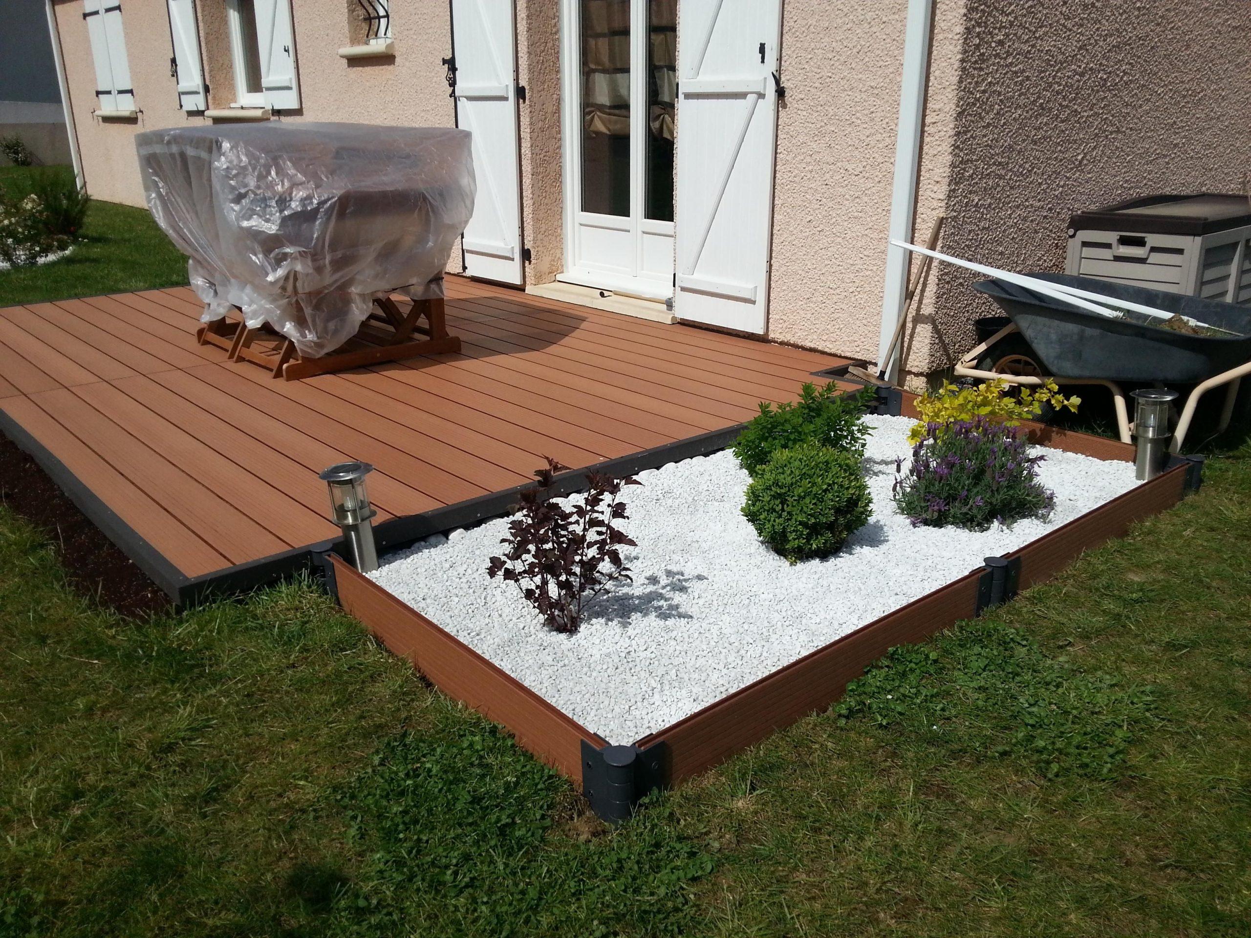 Comment Poser Une Terrasse Composite Sur Lambourdes Et Plots ... tout Terrasse Bois Castorama Sur Plots