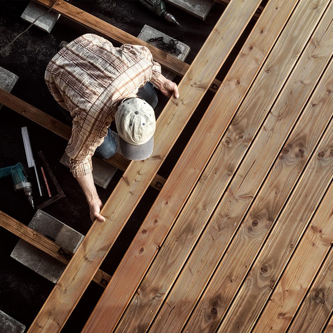 Conseils De Pose Terrasse Bois Pour Une Installation De ... pour Plancher Bois Terrasse Exterieur