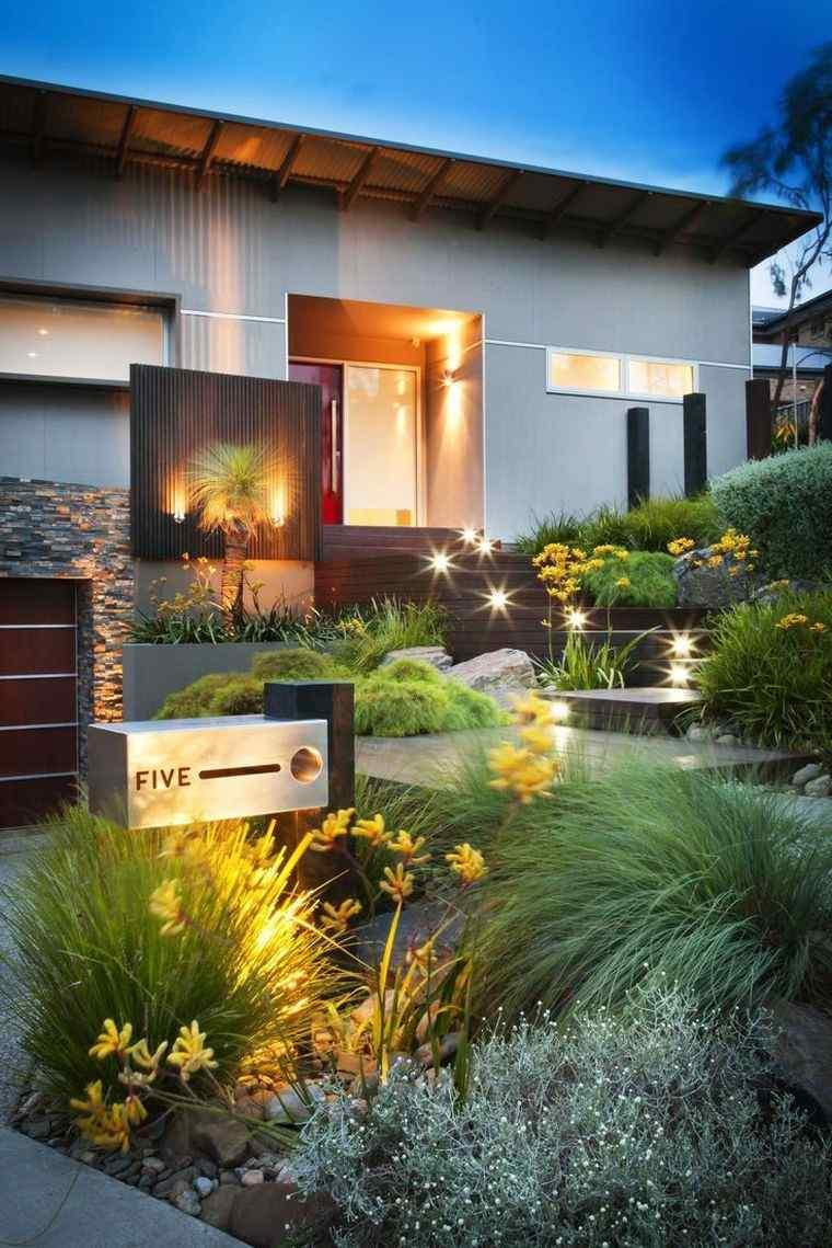 Idée Aménagement Jardin Devant Maison Moderne, Chic Et ... pour Parterre Extérieur Moderne