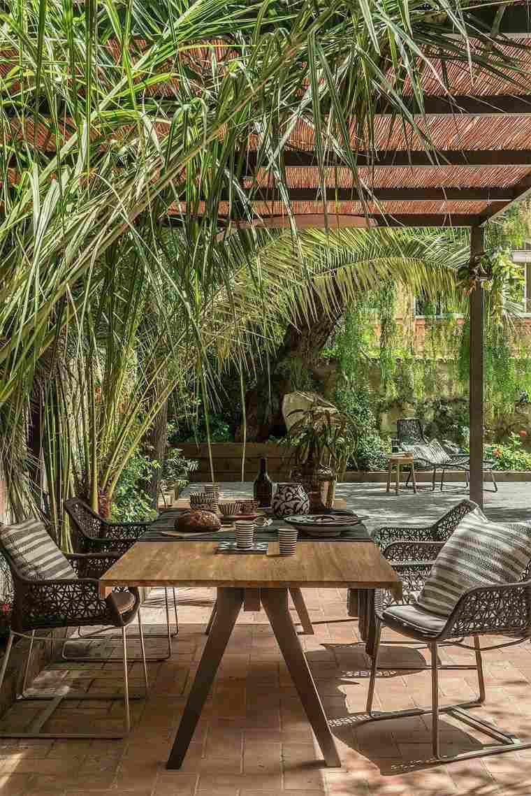 Idée Déco Jardin Facile - Nos 12 Astuces Pour Relooker Son ... serapportantà Idée Déco Jardin Extérieur Pas Cher