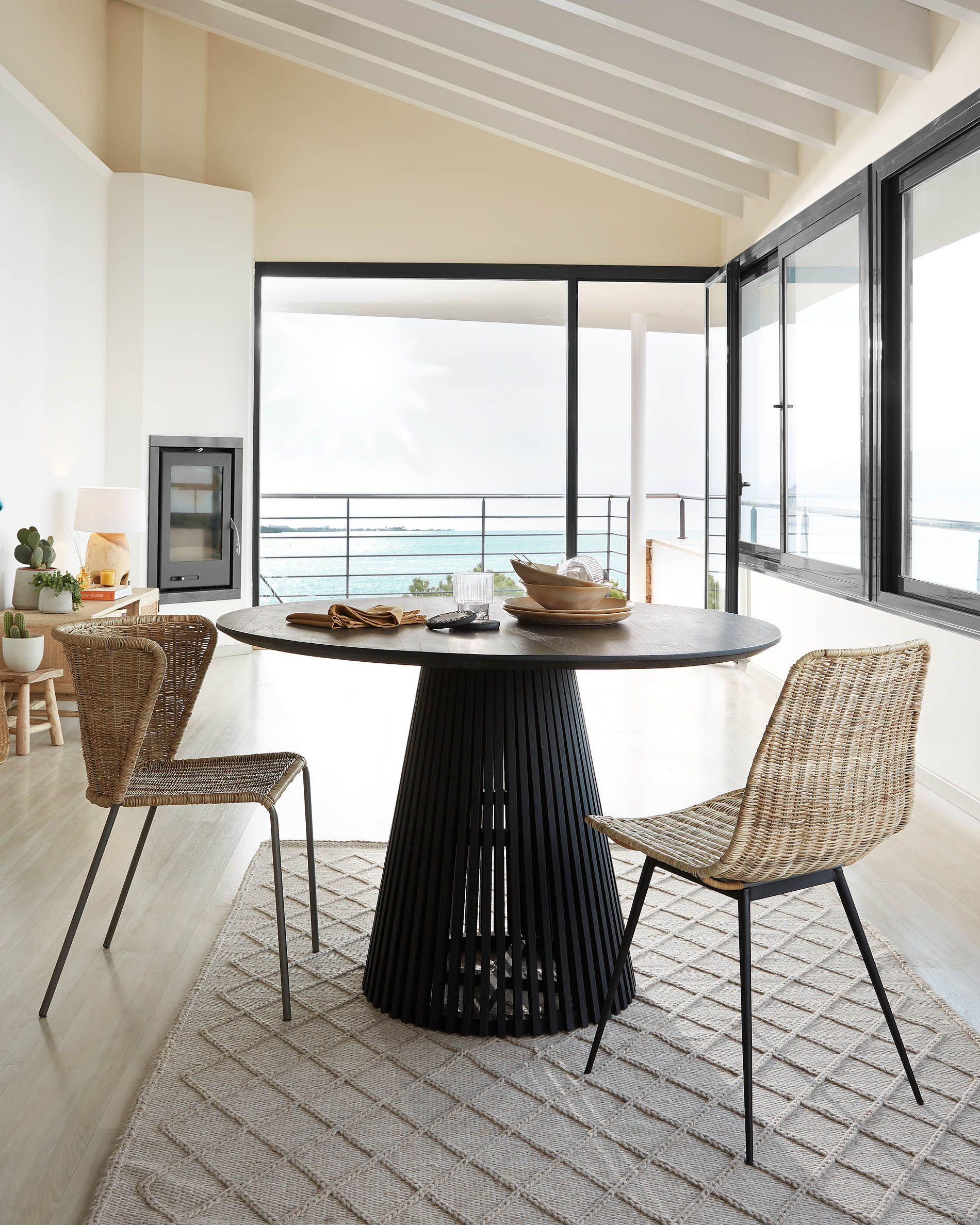 Jeanette Ø 120 Cm Black Table | Kave Home® intérieur Kave Home