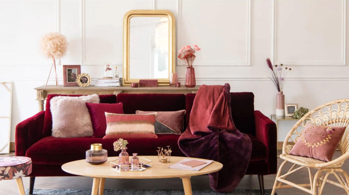 La Couleur Bordeaux Refait Son Apparition Parmis Les ... avec Idee Deco Salon Marron Gris Et Parme