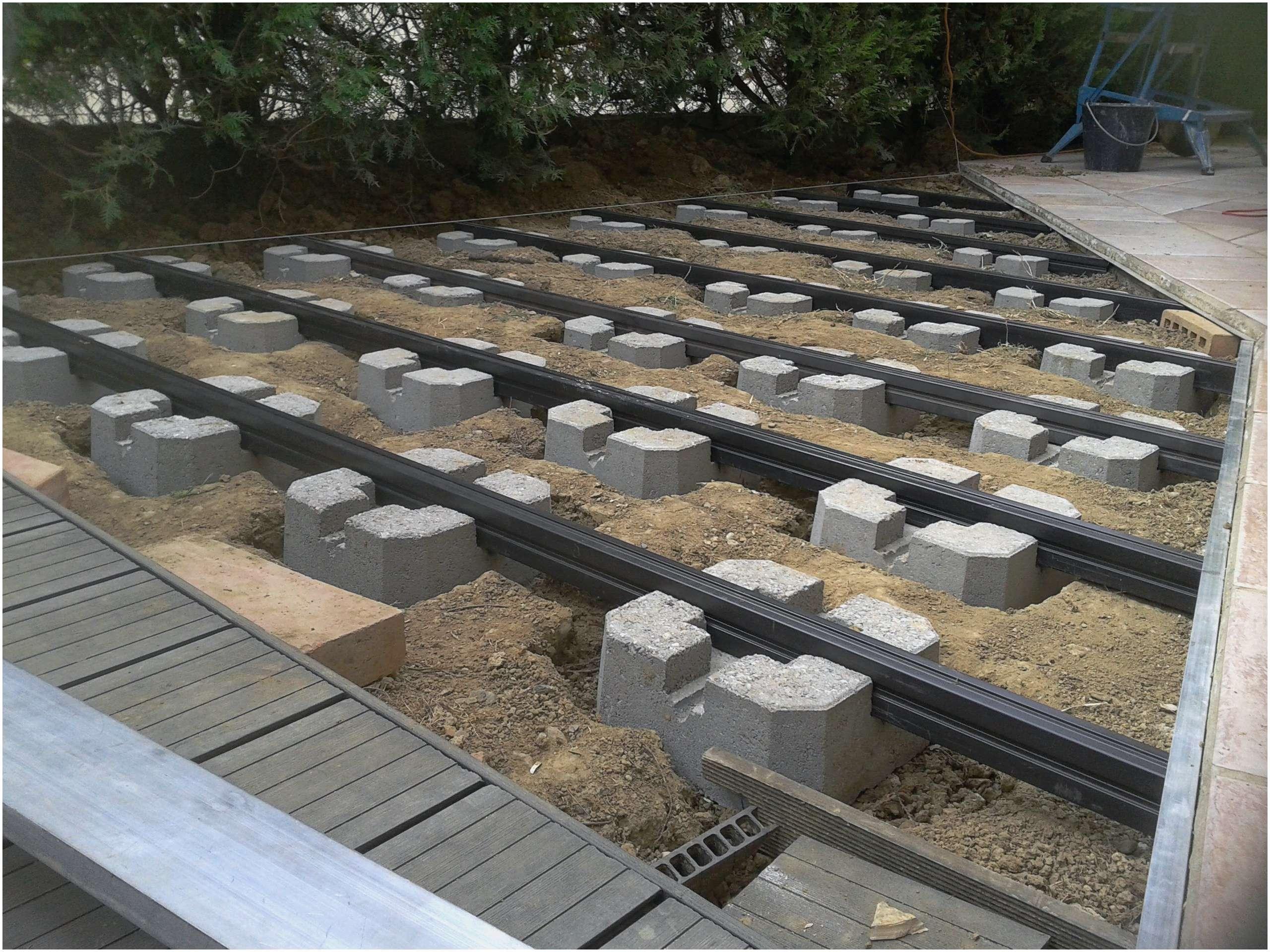 Lambourde Bois Brico Depot – Gamboahinestrosa encequiconcerne Terrasse Bois Castorama Sur Plots