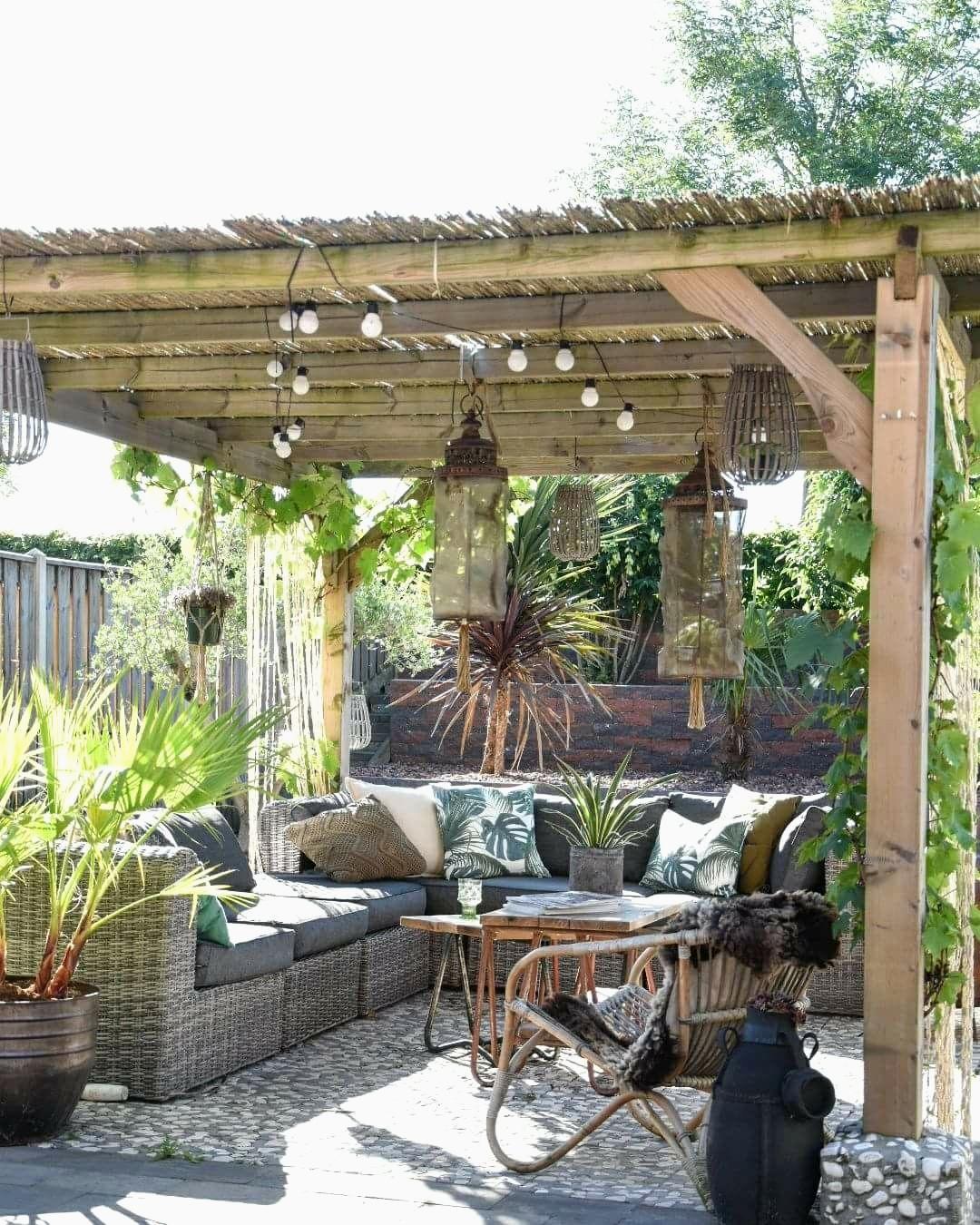 Modele De Decoration De Jardin Exterieur Idées Mod¨le De ... avec Modele De Terrasse