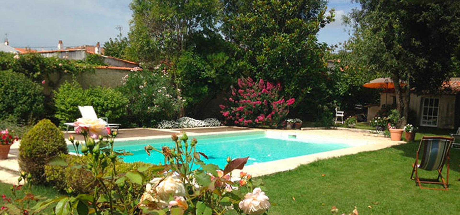 Paysagiste Vigneux De Bretagne, Nantes, Mon Carré De Jardin concernant Mon Aménagement Jardin Piscine