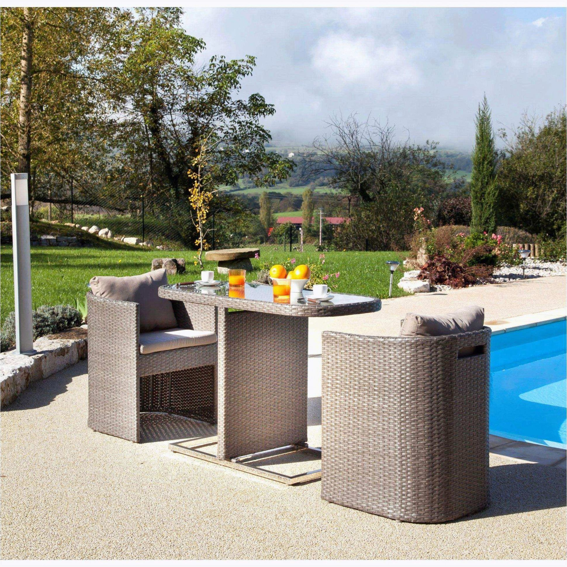 Petit Salon De Jardin Pour Balcon Le 3 Novembre, Le Jardin ... dedans Petit Salon De Jardin Pour Balcon