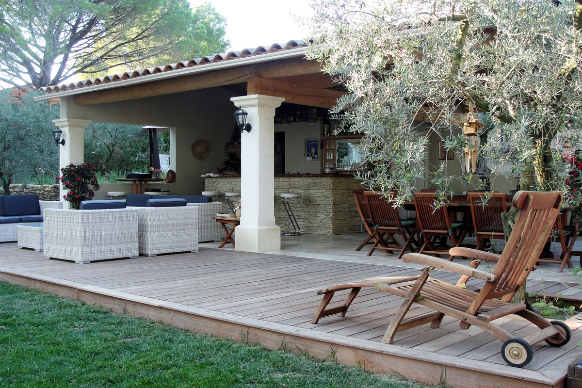 Provence,large Family Villa To Rent With Pool Near Isle-Sur ... dedans Pool House 10M2