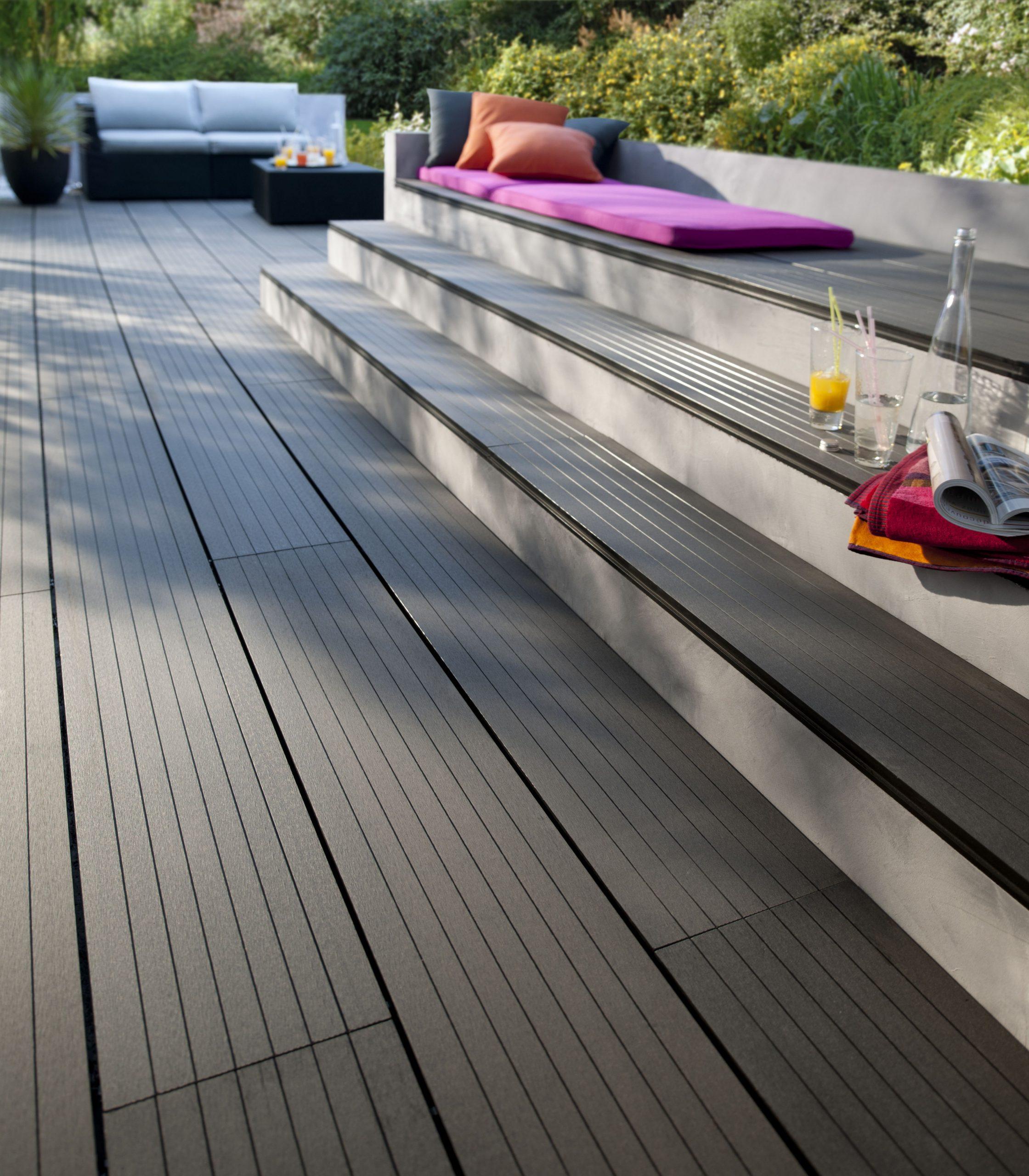 Terrasse En Composite | Revetement Terrasse, Revetement ... intérieur Carrelage Extérieur Imitation Teck