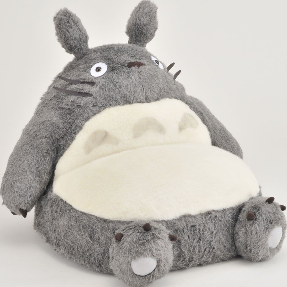 Top 55+ Des Cadeaux Pour Les Fans De Totoro, Avis Aux ... à Coussin Totoro Geant