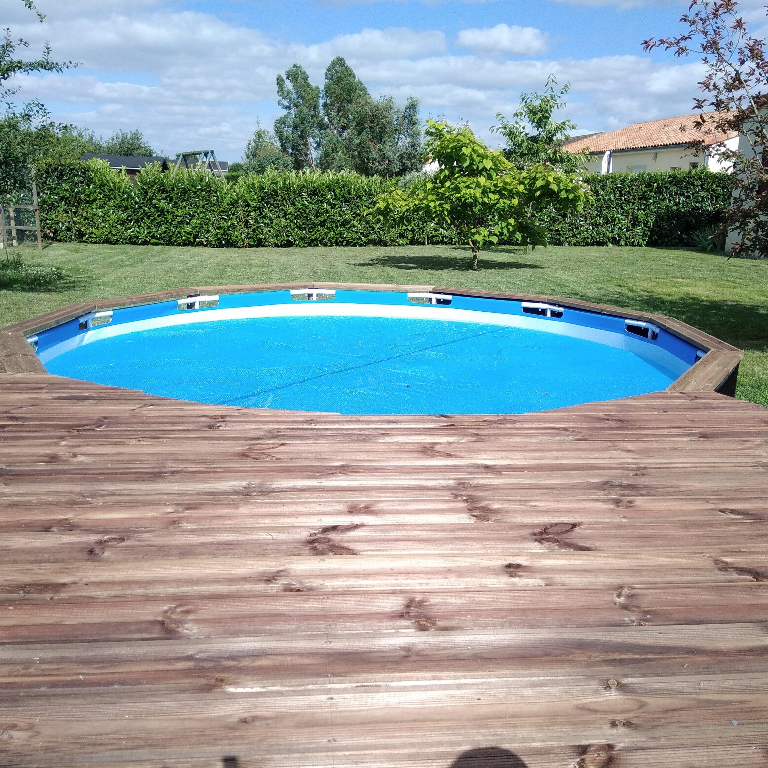 Tuto Déco: Aménager Une Terrasse Autour D'une Piscine ... avec Habillage Piscine Tubulaire