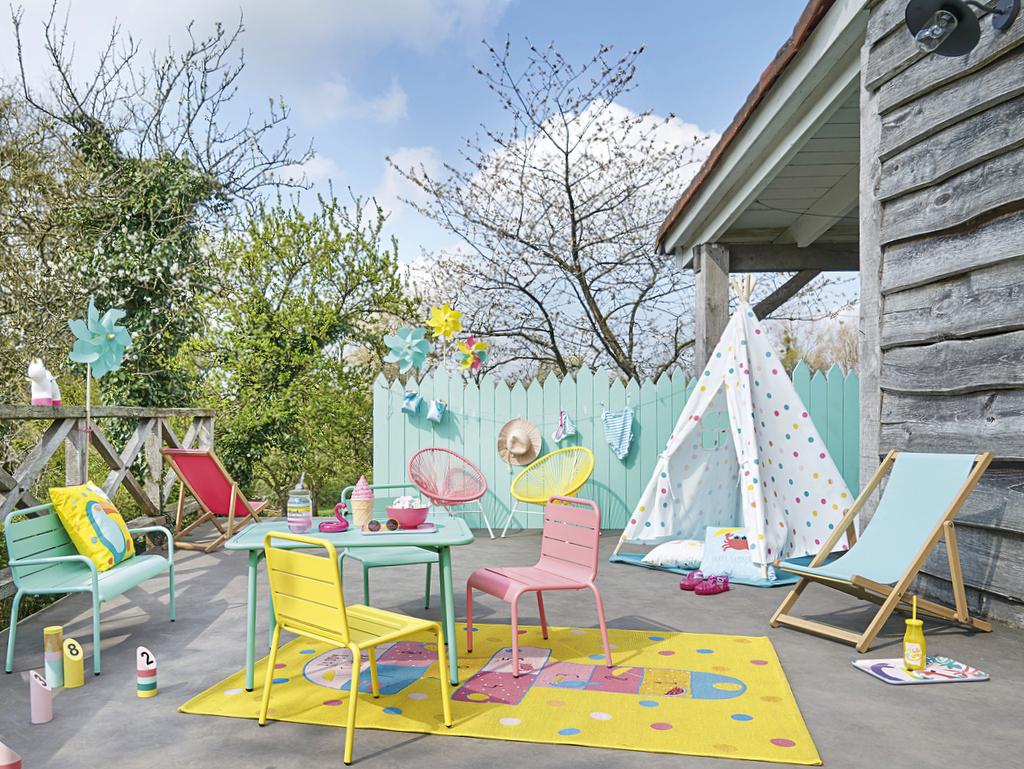 Comme Les Grands : Un Salon De Jardin Pour Enfant - Joli Place avec Salon De Jardin Pour Enfant