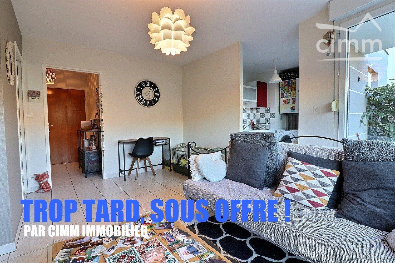 Dijon, Quartier Toison D'or : T2 En Rez-De-Jardin Vendu Loué ... dedans Appartement Rez De Jardin Dijon