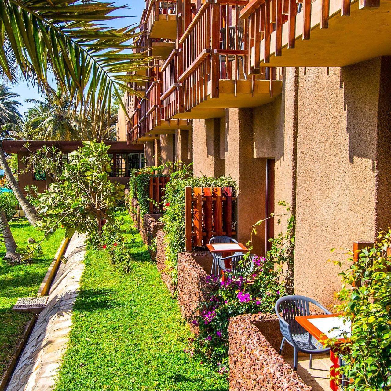Hotel Jardin Savana Dakar - 4 Hrs Star Hotel In Dakar intérieur Hotel Jardin Savana Dakar