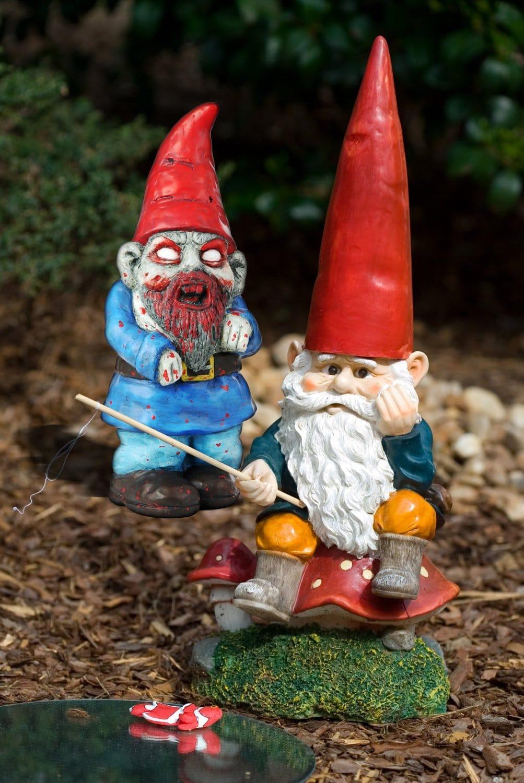 Nain De Jardin Zombie - Objet Maison Insolite - Mr. Etrange encequiconcerne Nain De Jardin Zombie