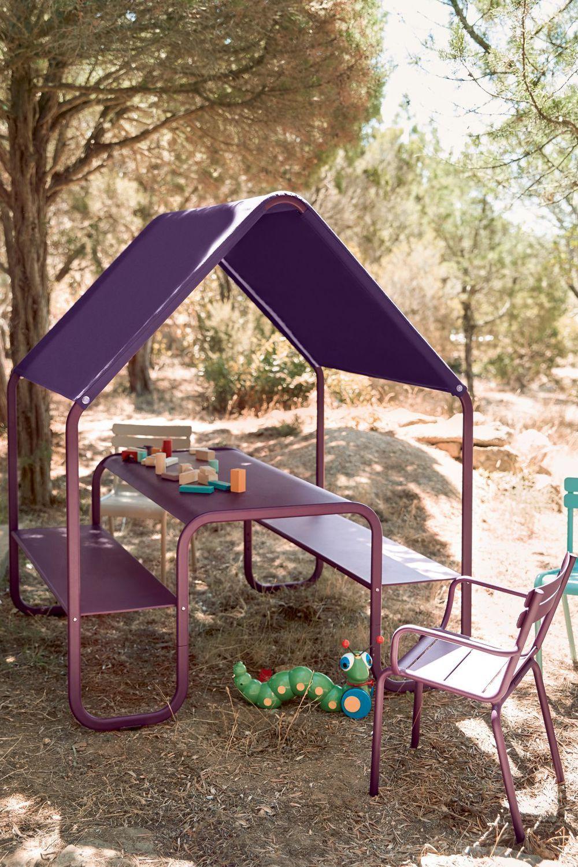 Salon De Jardin Enfant : Sélection De Mobilier Outdoor ... tout Salon De Jardin Pour Enfant