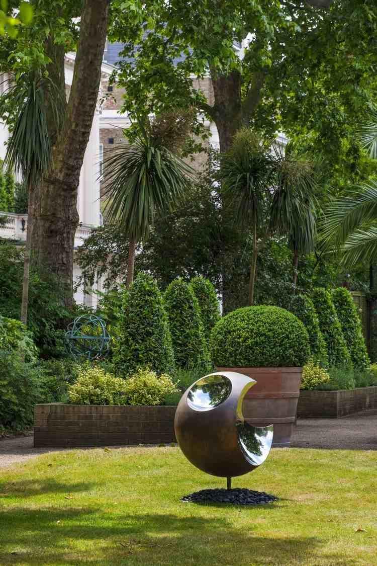 Sculpture Moderne Pour Donner Un Souffle De Vie Au Jardin ... intérieur Sculpture Moderne Pour Jardin