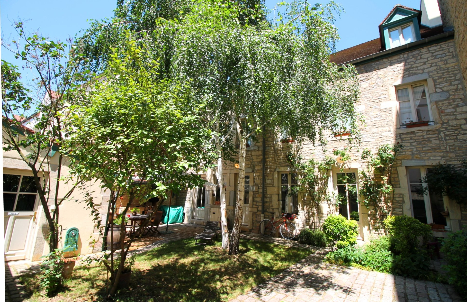 Vente Maison De Ville Avec Jardin Et Stationnement Dijon Centre à Appartement Rez De Jardin Dijon