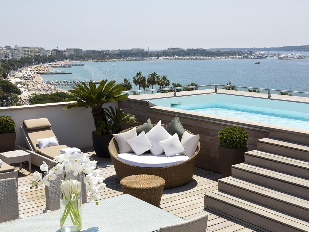 6 Superbes Hôtels Avec Piscine Privée Dans Votre Chambre En ... intérieur Hotel Avec Piscine Privée France