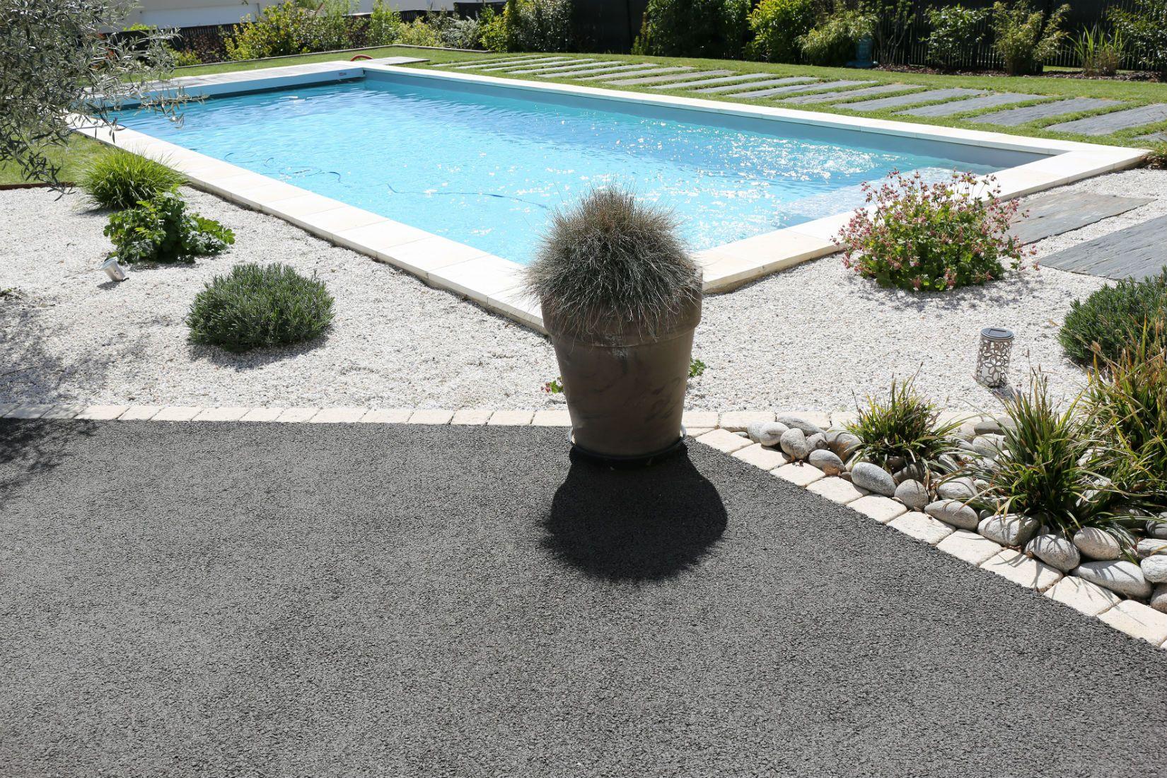 Aménagement Tour De Piscine Limoges, Rebeyrol Créateur De ... intérieur Conception Jardin Limoges
