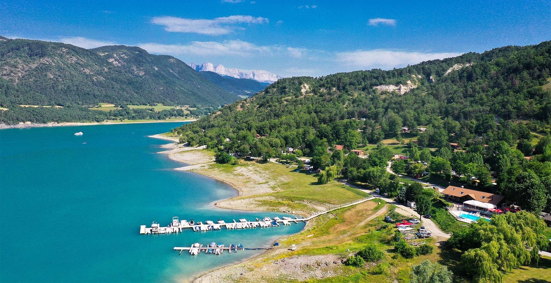 Camping En Isère En Bord De Lac - Camping Le Savel intérieur Camping Isère Avec Piscine