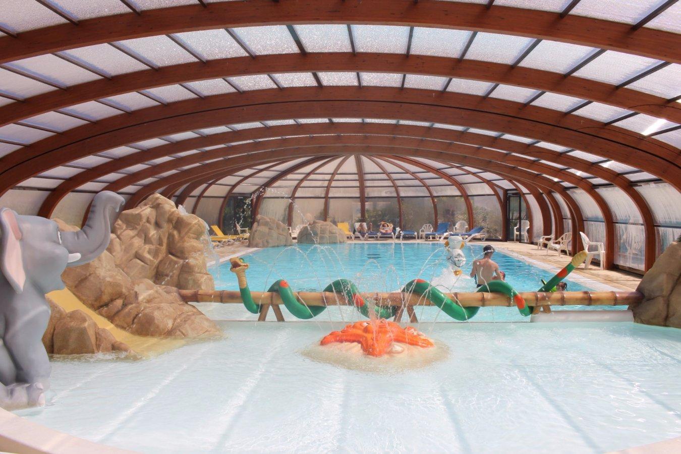 Camping Ile De Ré Espace Aquatique - ᐃ La Grainetiere ... encequiconcerne Camping Ile De Ré Avec Piscine Couverte