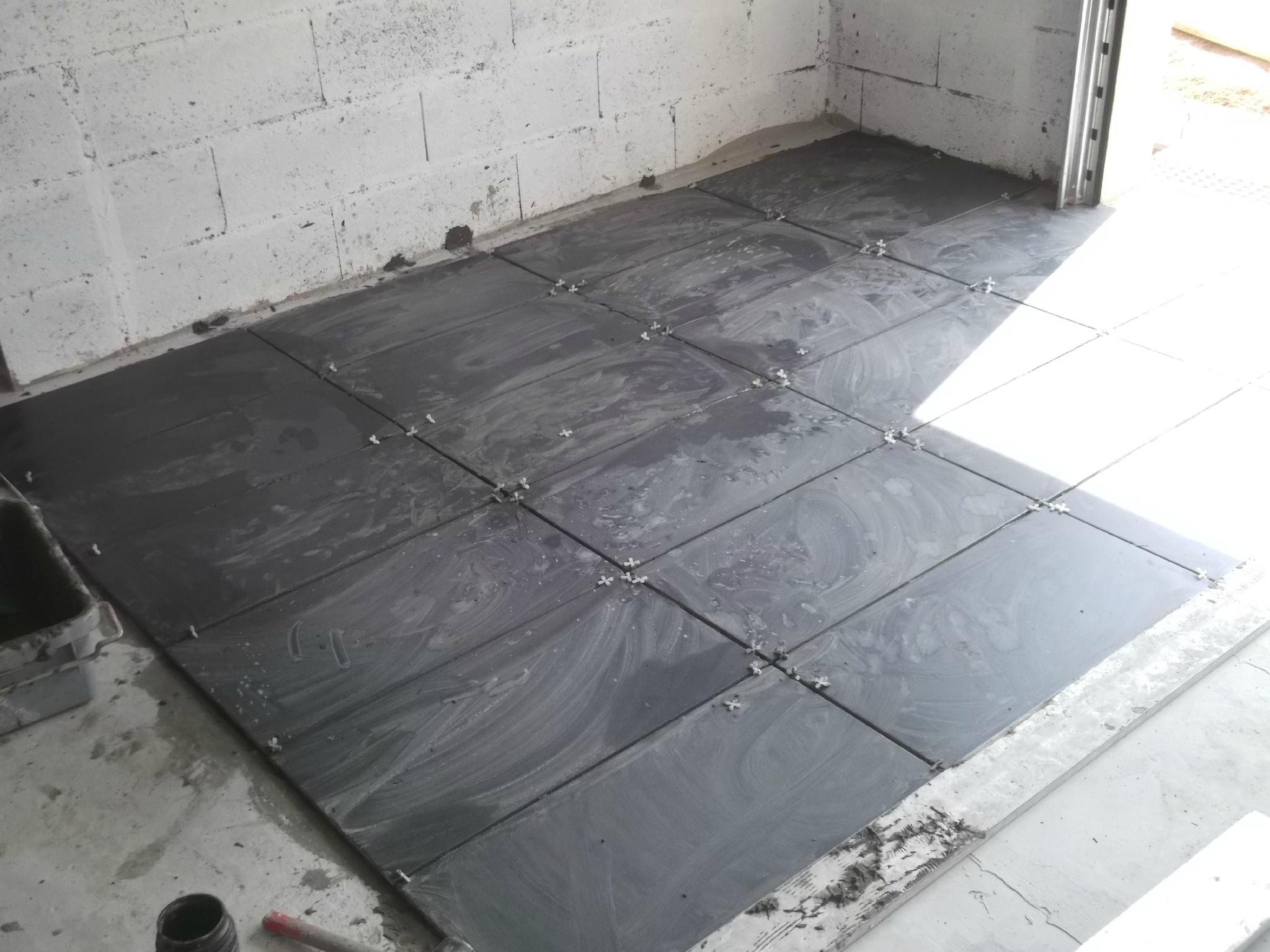 Carrelage Du Garage - Construction D'une Extension encequiconcerne Carrelage Pour Garage