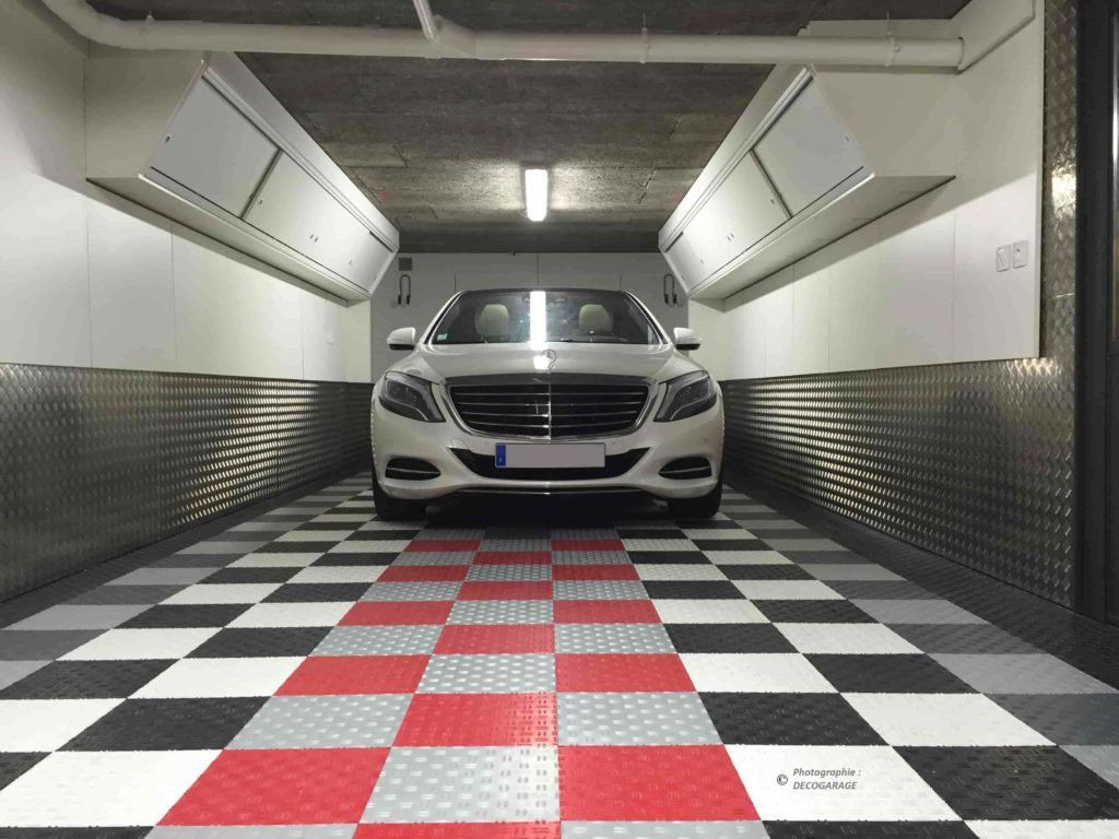 Carrelage-Pour-Garage - Decogarage - Swisstrax Europe pour Carrelage Pour Garage