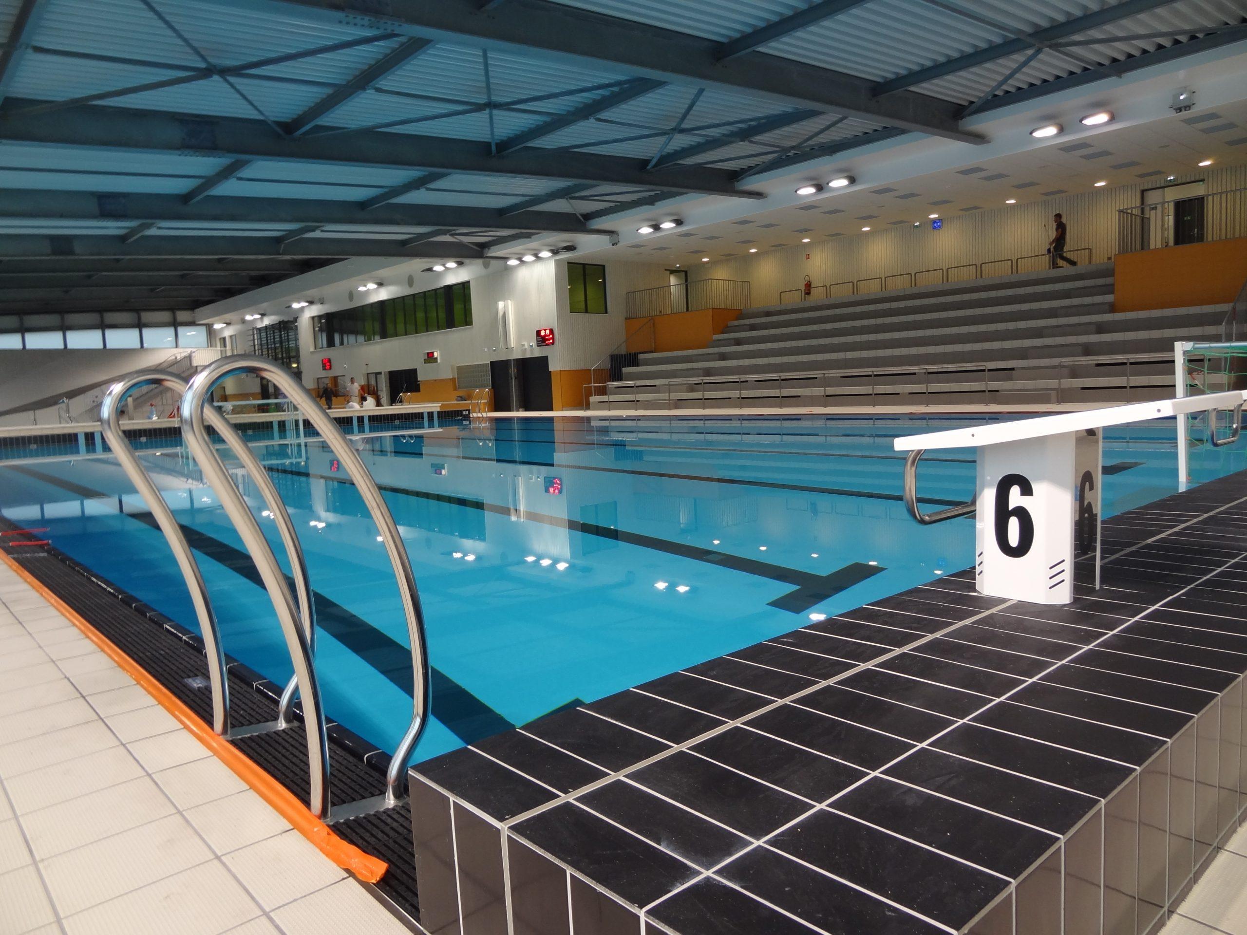 """Centre Aquatique """"les Bassins De L'aqueduc"""" Mornant ... à Piscine De Givors"""