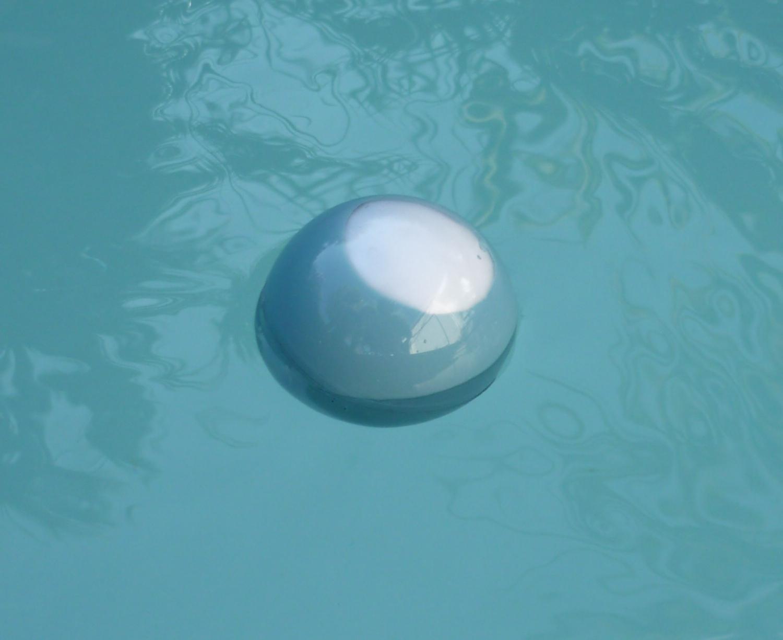 Diy : Celsiusball, Un Thermomètre Flottant Low Cost - Semageek pour Thermometre Piscine Wifi