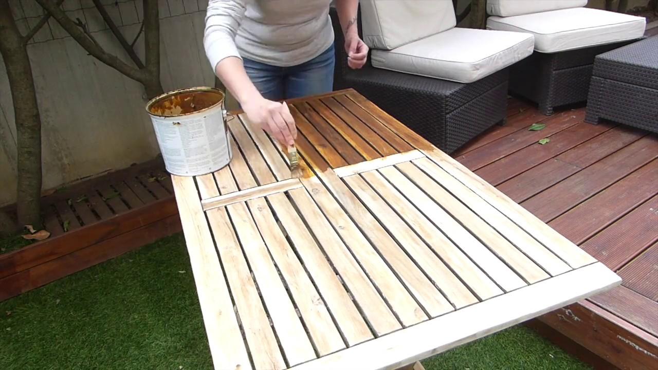 Garden Furniture Renovation tout Peindre Un Salon De Jardin En Bois Exotique
