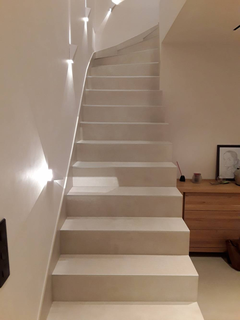 Grand Lieu Carrelage : Pose De De Carrelage Sur Un Escalier ... serapportantà Plinthe Carrelage Escalier