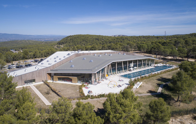 Kawneer Piscine De Venelles Kawneer Centre Aquatique ... tout Piscine De Venelle